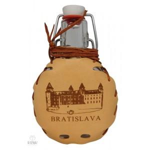 """Dekoračná fľaša """"Bockbeutel"""" v koži - motív """"Bratislava"""" - 1"""